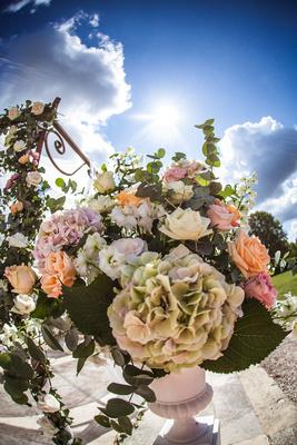 wedding flowers and venue decor
