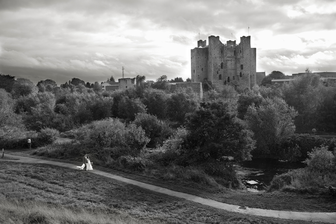 trim castle wedding