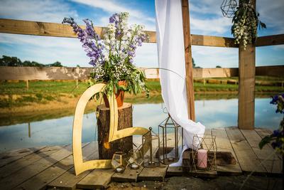 Long Furlong Farm wedding photography