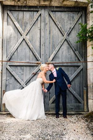 Bride and Groom portrait. Oxfordshire wedding photographer