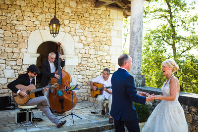 dancing to the jazz band at wedding in France